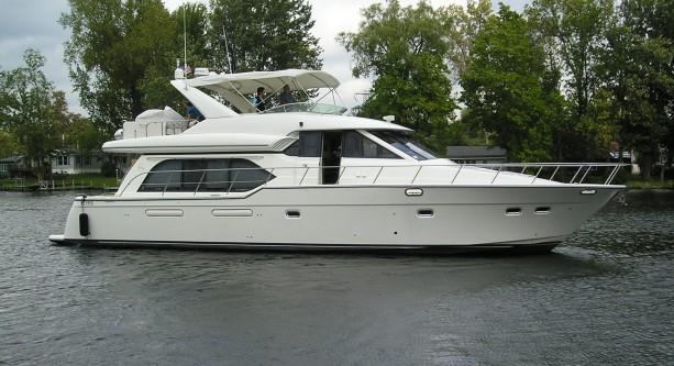 Meridian & Bayliner Pilothouse Motoryacht- HISTORY - Blake Davis Yacht ...