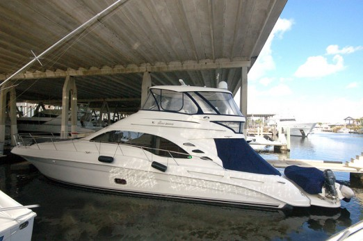 motor-yacht-sales-58-sea-ray-sedan-bridge-