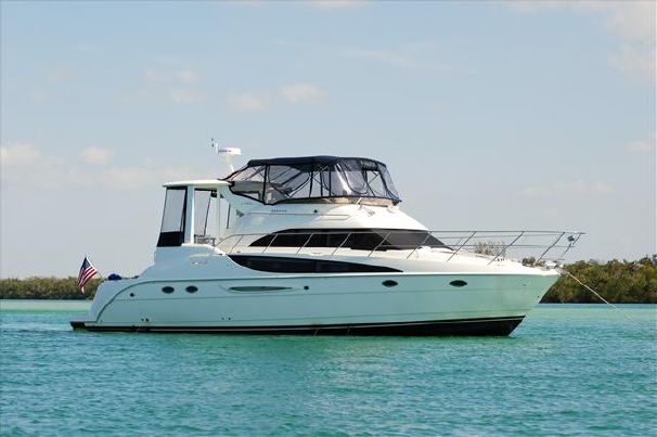 2006 459 w/1000 hours on 380's. Dock on Command (bow and stern thruster controls) Sat TV, Full electronics. $235k