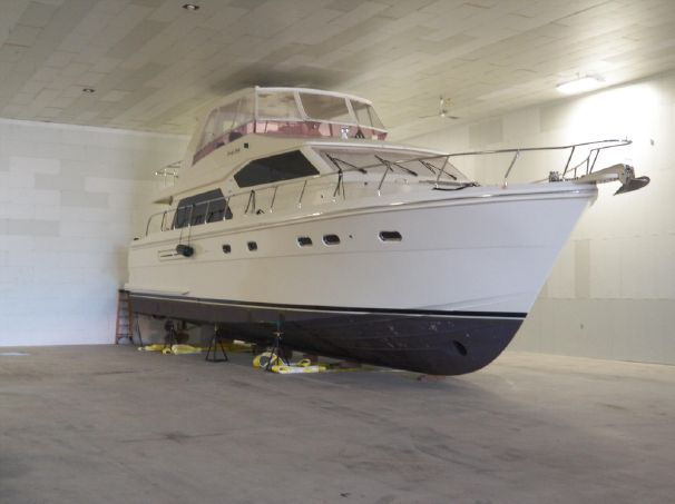 63′  Hampton-2007. One owner, Freshwater, Heated winter shed storage since new.