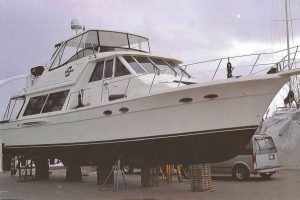 Meridian 490 Pilothouse  2004…. Hardtop, Bow Thruster, 870 hours.   $269k