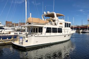 "45′ Symbol Pilothouse -answers the question ""What other Pilothouse boats you recommend?"""